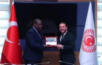 Zambiya Büyükelçisi'nden Atilla Ödünç'e ziyaret