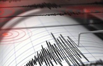 Ege'de korkuutan deprem!