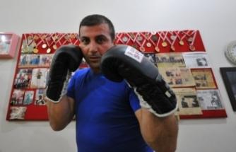 7 kez Türkiye şampiyonu olan milli kick-boksçu Bursa'da muhtar adayı