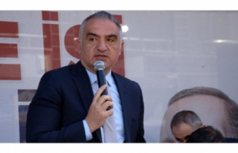 Bakan Ersoy'dan turizm mesajı
