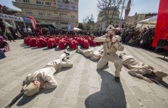 Kahramanlara Bursa'da duygusal anma