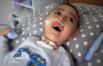 Bademcik ameliyatı hayatını kararttı