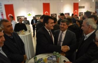 Başkan Dündar tebrikleri toplu olarak kabul etti