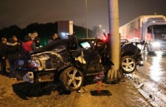 Bursa'da korkunç kaza! Araba pert oldu