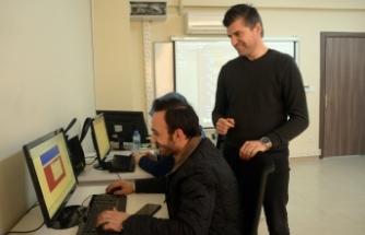 Web tasarımını OSMEK'te öğreniyorlar