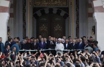 Erdoğan: Hırsızlara bu işi bırakmayacağız