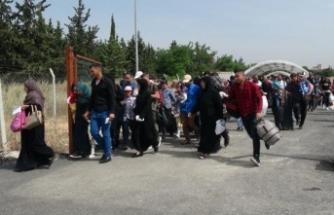 Suriyeliler bayramlaşmak için ülkelerine gidiyor