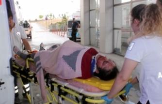 9 aylık hamile eşini hastaneye yetiştirmek isterken kaza yaptı: 5 yaralı