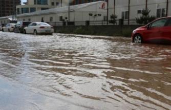 Bu bölgelerde yaşayanlar dikkat! Kuvvetli yağış bekleniyor