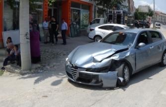 Bursa'da kaza! Kafa kafaya çarpıştılar
