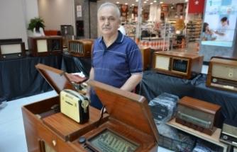Asırlık radyo ve televizyonlar Bursa'da görücüye çıktı