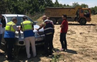 Bursa'da jandarma kaçak hafriyat dökümü yapan şirkete acımadı!