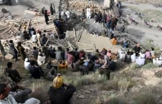 Pakistan'da 11 madenci mahsur
