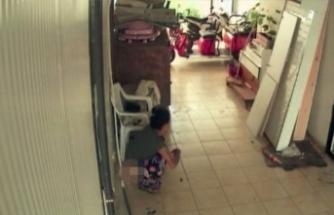 Rezaletin böylesi! Hırsızlık için girdi, tuvaletini yapıp çıktı!