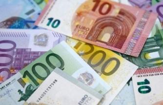 Ülkesine geri dönene 6 bin 500 euro