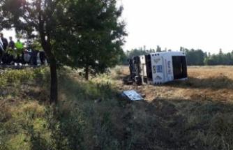 Yolcu otobüs devrildi: 7 yaralı
