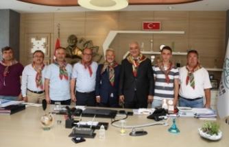 Yörüklerden Turgay Erdem'e 'hayırlı olsun' ziyareti