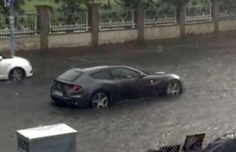 Bugün İstanbul… Ferrari böyle mahsur kaldı