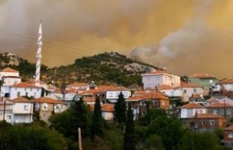 İzmir Karabağlar'daki yangın devam ediyor