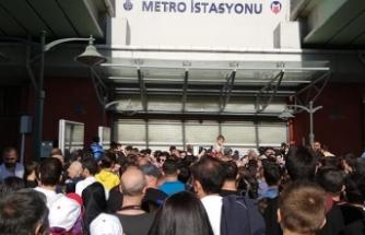 Atatürk Havalimanı'na metro seferleri valilik ve belediyenin aldığı kararla durdu