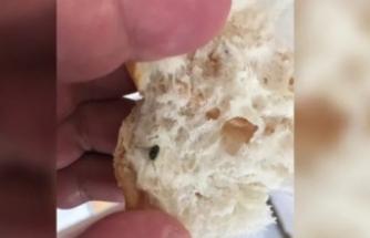 Marketten ekmek aldı, içinden çıkan şoke etti