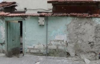 Bursa'da kiraya verdiği evini yanmaktan kurtardı