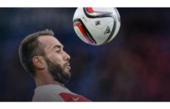 Olcan Adın futbolu bıraktığını açıkladı