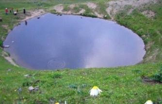 8 soruda Dipsiz Göl'deki kazı çalışması