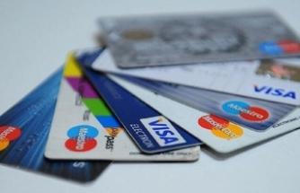 Aman dikkat! Kredi kartı aidatları...