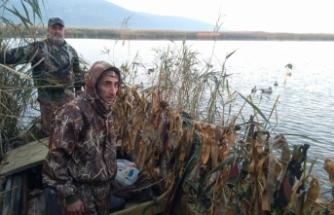 Avcılar ördek sezonunu açtı
