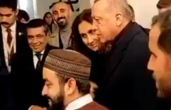 Erdoğan'ın ABD'deki cami ziyaretinde renkli anlar!