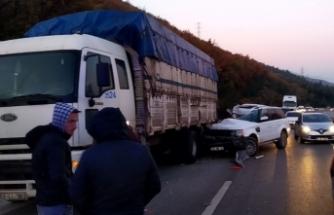 Bursa'da kaza! Bu otomobilden sağ çıktı