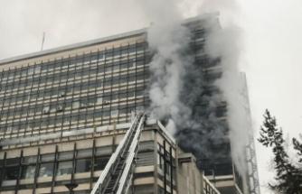 DSİ Genel Müdürlüğü binasında yangın çıktı