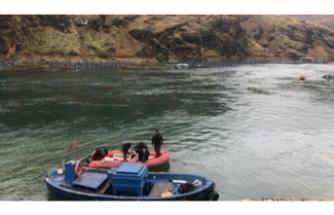 Nehirde kaybolan sürücü bir haftadır aranıyor