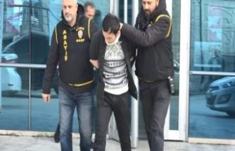 Bursa'da bandanalı gaspçıyı gözleri ele verdi
