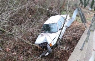 Bursa'da kaygan yol kaza getirdi