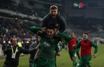 Bursaspor son ana kadar bırakmıyor!