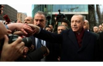 Erdoğan'ı, Berlin'de Türk vatandaşları karşıladı