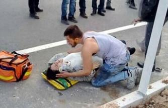 Feci kaza sonrası hamile eşinin yanından ayrılmadı!