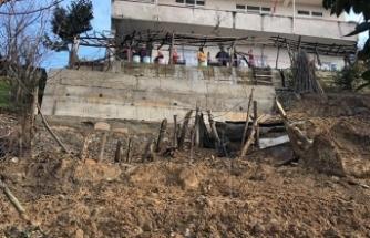 9 kişinin oturduğu binaya 'heyelan' tahliyesi