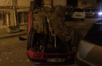 Bursa'da kontrolden çıkan otomobil takla attı