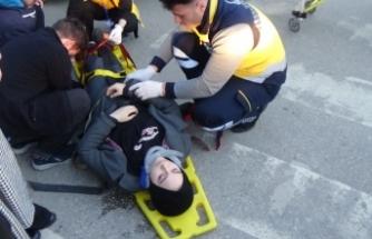 Bursa'da okul çıkışı kaza! Yaya geçidinden geçmek isterken...