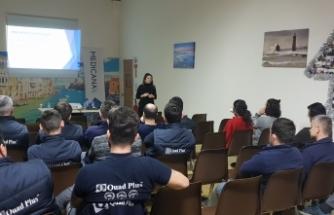 Medicana'dan Quadplus Europe çalışanlarına internet bağımlılığı semineri