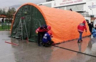 Bursa'da hastane bahçesine acil müdahale çadırları kuruldu!