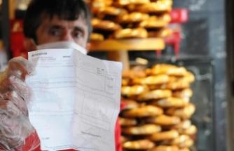 Simit satarak kazandığı 35 lirayı kampanyaya bağışladı