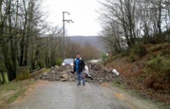 Bursa ve Yalova'yı birbirine bağlayan yol kapatıldı!
