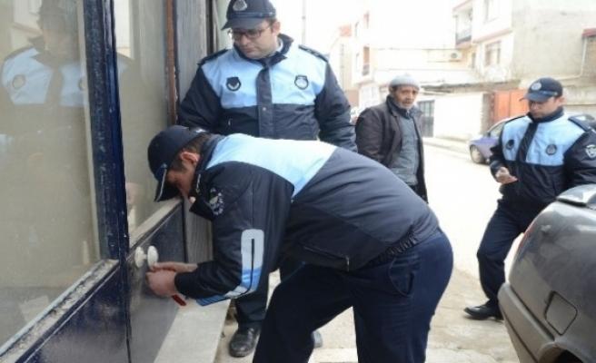 Bursa'da merdiven altı  imalathaneye baskın!