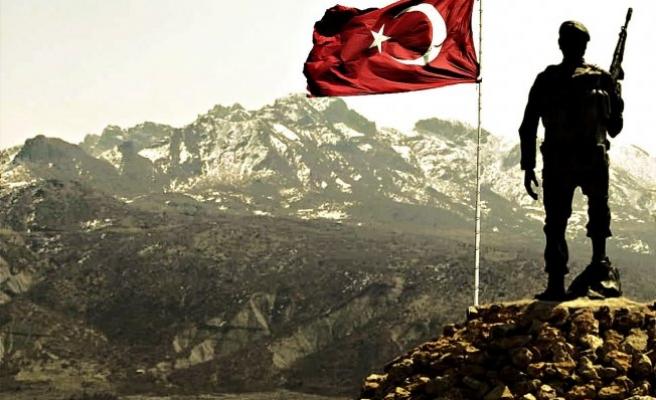 Türk askerine saldırı! Şehit ve yaralılar var!