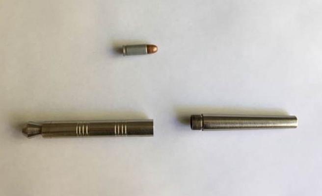 Kalem şeklinde suikast silahı ele geçirildi!
