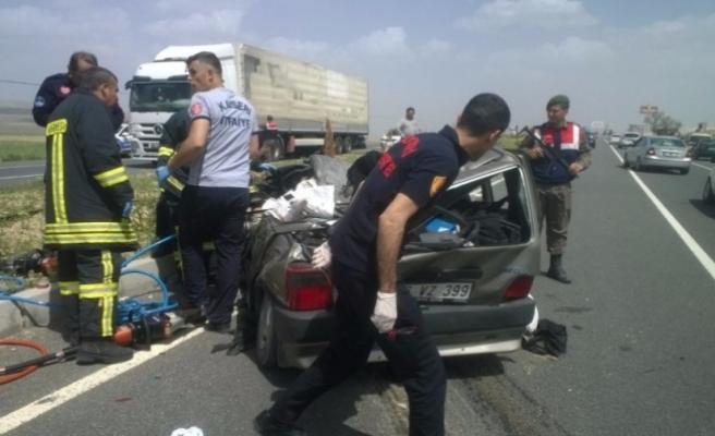 Feci kaza! Bursa plakalı otomobilin üzerine düştü!